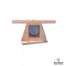 Kλουβί μεταφοράς βασίλισσας ξύλινο τριγωνικό